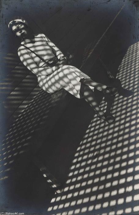 Alexander-Rodchenko-Girl-with-a-Leica